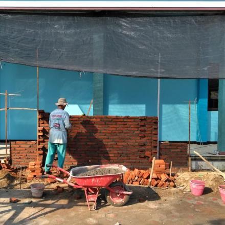 Pembangunan Taman Halaman Gedung Olah Raga 0 - 50 %