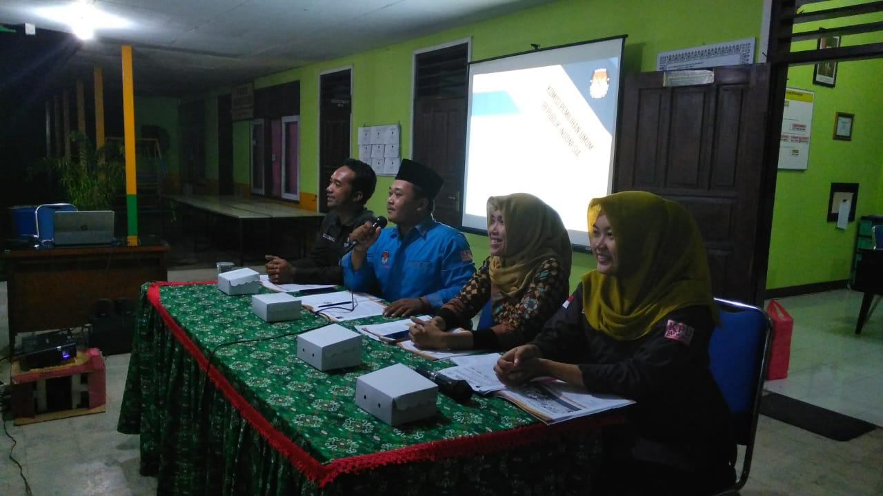 Bimbingan Teknis KPPS Desa Balongbesuk